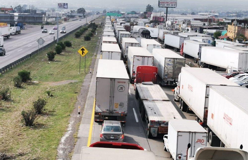 Querétaro reporta migración masiva de chilangos ante catastofres en la CDMX.