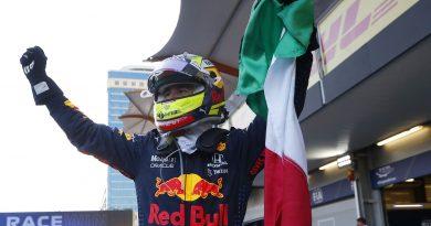"Red Bull lanza el ""Chesco Pérez"" bebida gaseosa sabor victoria."